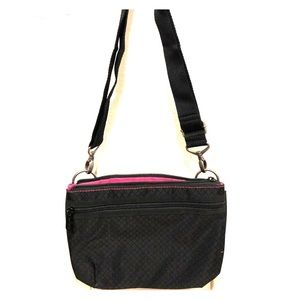 Thirty-one crossover or over the shoulder bag
